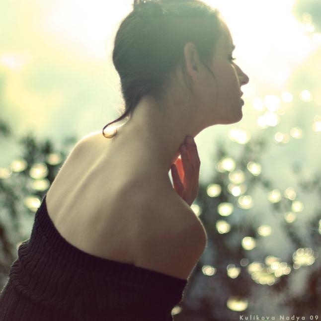 Beautiful_back_by_NadyaBird