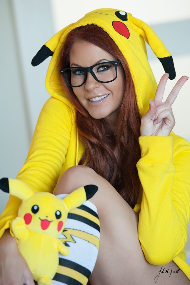 pikachu_by_irelandreid-d85dgcd