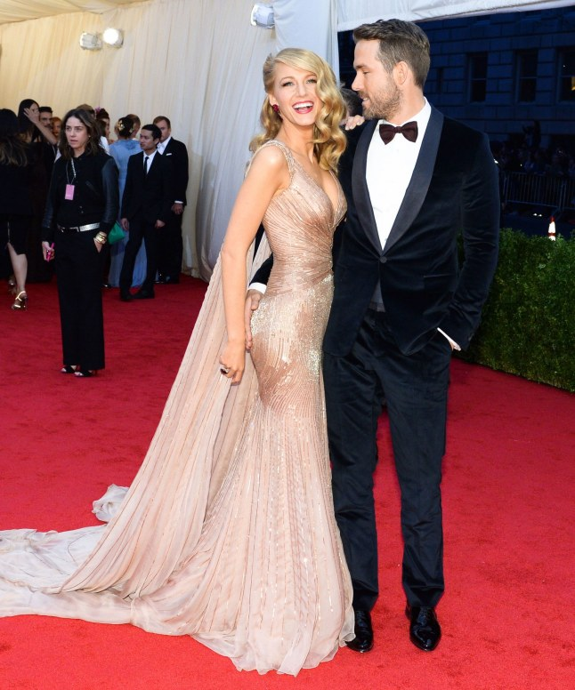 fashion-2015-07-blake-lively-with-ryan-reynolds-met-gala-carpet-main